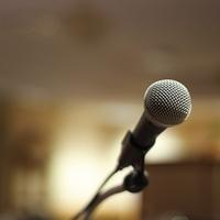Mówcy staromodni i mówcy nowocześni  – do kogo ci bliżej?