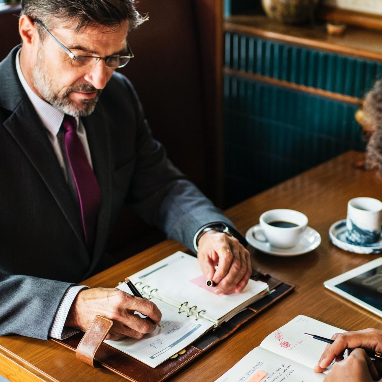 Jak przeprowadzić rozmowę kwalifikacyjną krok po kroku