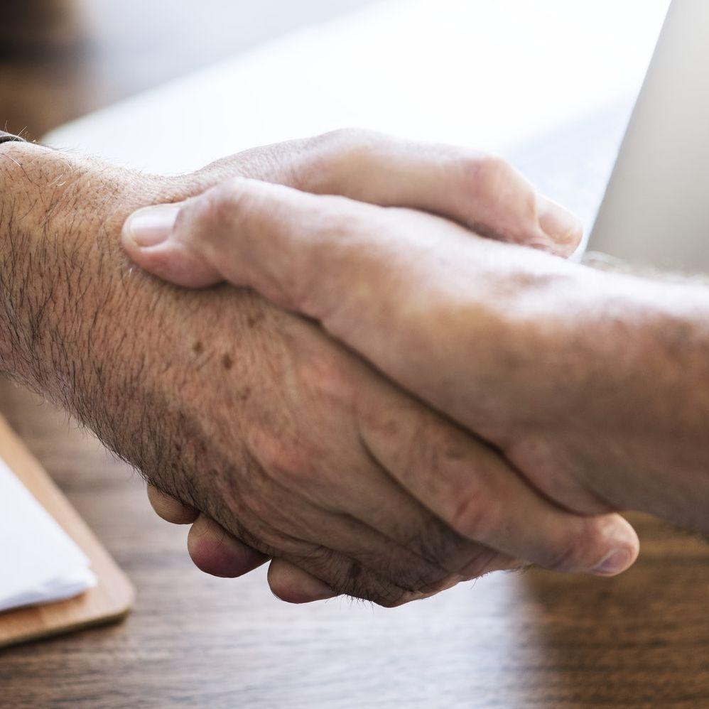 Negocjacje płacowe - jak prowadzić rozmowy o podwyżkę?
