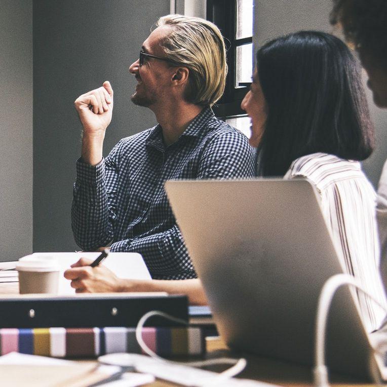 Zarządzanie zasobami ludzkimi (ZZL) – strategie i wskazówki dla przedsiębiorstwa i nie tylko